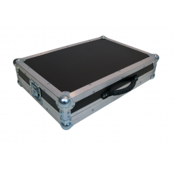 Flight case para NI Traktor S3
